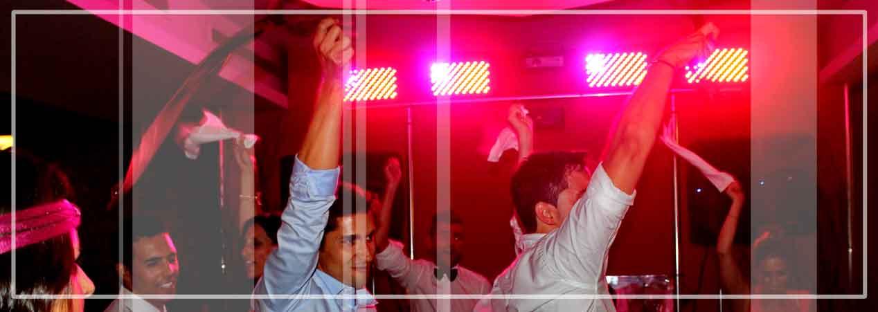 Eventos para bodas con dj s selectos e implicados con tu baile más esperado