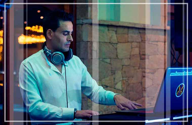 sesión de musica y baile con dani dj, disc jockey riveira