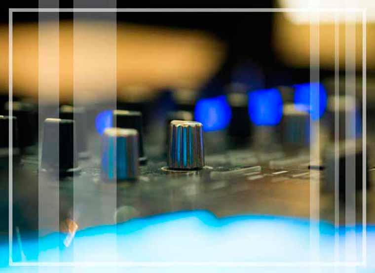 Diversión a raudales es posible con la discomovil adecuada.