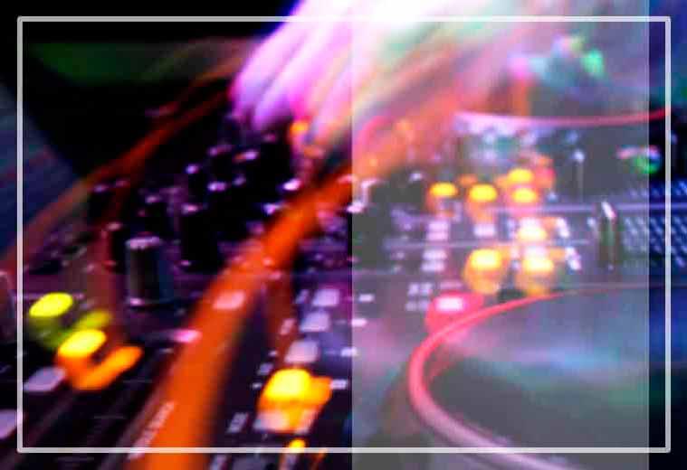 En dj eventos, la empresa especializada Gallaecia Discomovil ofrece el equipamiento adecuado y aadaptado